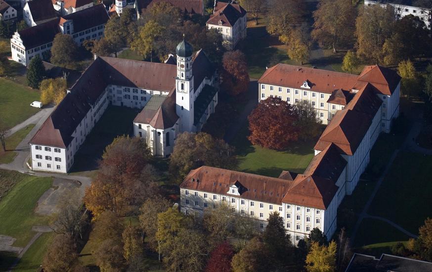 Luftansicht von Kloster Schussenried