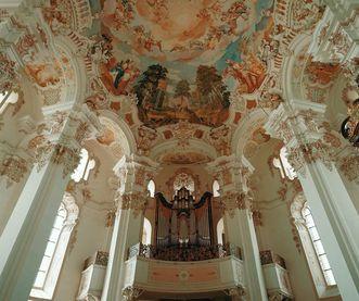 Wallfahrtskirche in Steinhausen, Blick zur Orgel