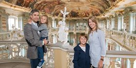 Besucher in Kloster Schussenried