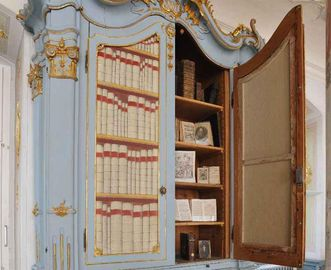 Bücherschrank in Kloster Schussenried
