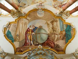 Kloster Schussenried, Darstellung des Elements Erde an der Unterseite der Bibliotheksgalerie.