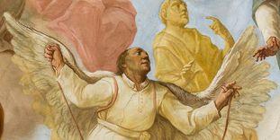 Pater Mohr ist mit selbstgebastelten Flügeln im Deckengemälde der Bibliothek von Kloster Schussenried dargestellt